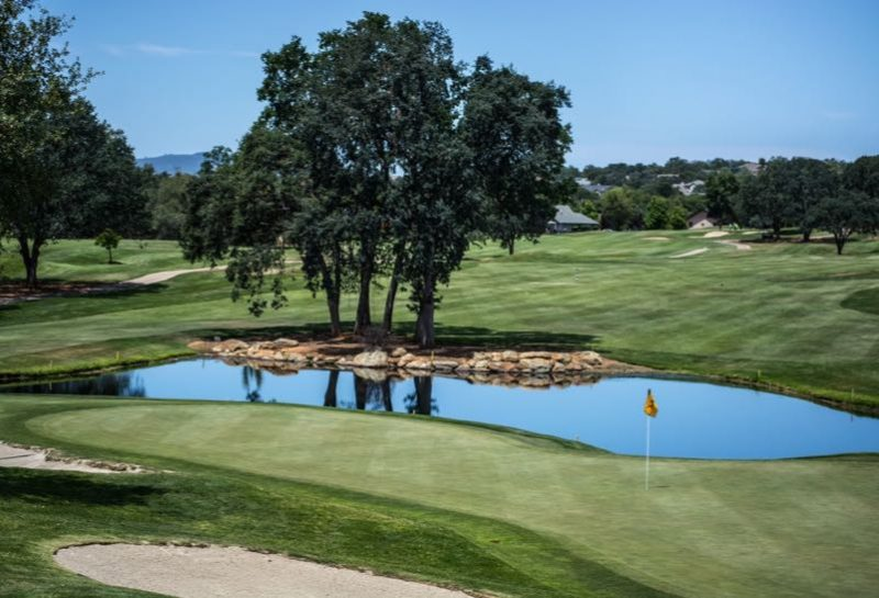 Översiktsbild på en golfbana